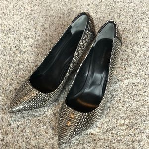 Rachel Roy heels-never worn